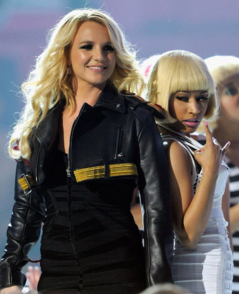 nicki minaj 2011 billboard awards. Nicki Minaj amp; Britney Spears#39;